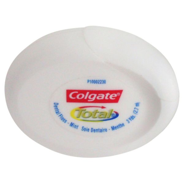 Colgate Total Dental Floss Mint 2.7 M